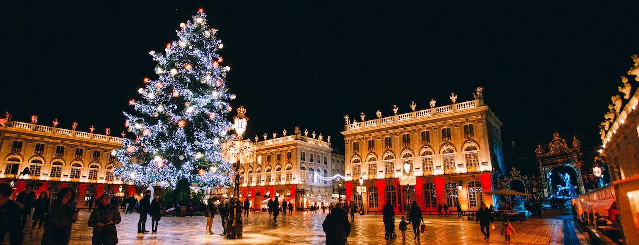 Weihnachtsstimmung auf der Place Stanislas in Nancy, © Thuria/ARTGE